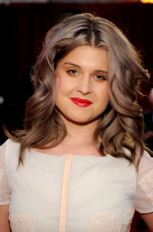 kelly_osbourne_peoples_choice_awards_2012_thumb