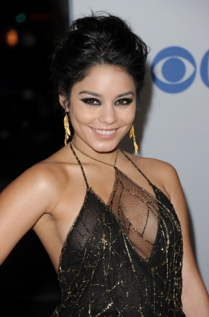 vanessa_hudgens_2012_peoples_choice_thumb